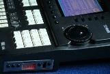 Floppyemulator Uniflash USB in Yamaha QY700 (16).jpg